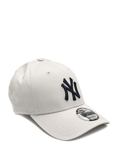New Era New Era New York  Logolu Erkek Şapka 101577309 Bej